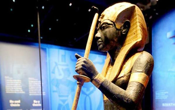 The Guardian STatue in the Tutankhamun Exhibition in London